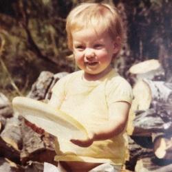 Tara Manthey as a kid